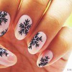 Маникюр с рисунками на ногтях в домашних условиях 71-15-150x150