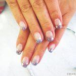 Французский маникюр на нарощенные ногти: обворожительные фото 83-17-150x150