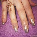 Французский маникюр на нарощенные ногти: обворожительные фото 83-3-150x150