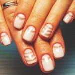 Нежный маникюр на коротких ногтях: великолепные фото 40-11-150x150