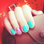 Красивый маникюр на короткие ногти: яркие фото 48-15-150x150