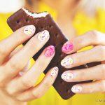 Красивый маникюр на короткие ногти: яркие фото 48-16-150x150